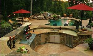 Backyard design idea with pool and outdoor kitchen for Backyard designs with pool and outdoor kitchen