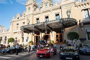 Voiture Monaco : monaco une femme fonce dans un casino apr s avoir t interdite de jeux barlamane ~ Gottalentnigeria.com Avis de Voitures