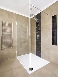 Duschtrennwand Badewanne Glas : duschwand aus glas ~ Michelbontemps.com Haus und Dekorationen