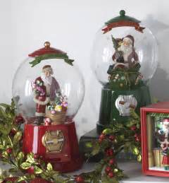 Animated Musical Christmas Decorations