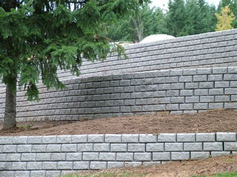 Uniblock Wall by 25 Best Ideas About Retaining Wall Block Prices On