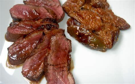 cuisiner magret de canard a la poele recette magret de canard aux figues économique et facile