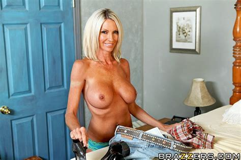 My Woods Hard Free Video With Emma Starr Brazzers Official