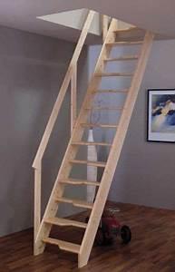 Dachboden Ausbauen Treppe : die besten 25 raumspartreppen ideen nur auf pinterest ~ Lizthompson.info Haus und Dekorationen