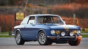 Short Drive 1974 Alfa Romeo 2000 Gtv