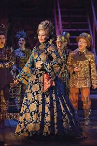 Another great costume from the musical Wicked. #Broadway ...