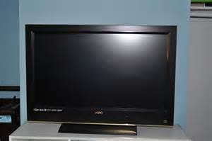 Vizio 32 Inch Flat Screen TV