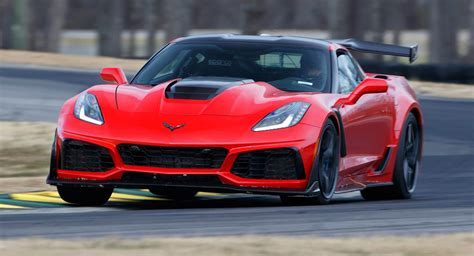 2019 Corvette Zr1 Beats The Ford Gt To Claim New Lap