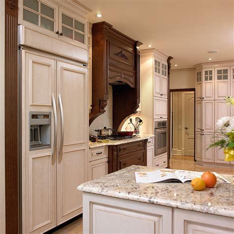 mobilier de cuisine en bois massif meubles cuisine bois massif faeade meuble cuisine bois
