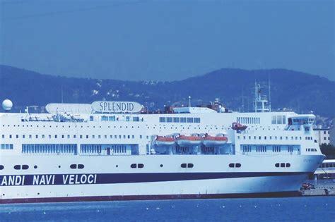 grandi navi veloci cabine nave splendid grandi navi veloci