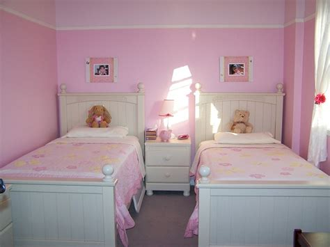 id d o chambre fille 2 ans décoration chambre deux filles