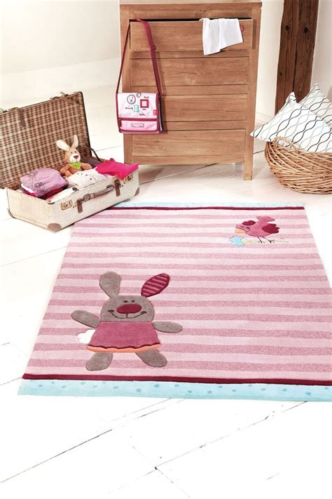 tapis rond chambre fille gallery of tapis pour chambre enfant