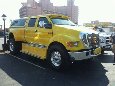 ride   huge ford pick  truck