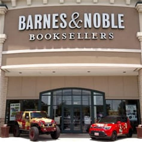 barnes and noble san antonio barnes noble booksellers 25 photos 16 reviews