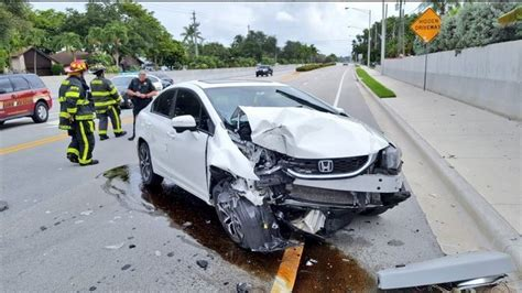 Car Crash by It Wasn T Itsy Bitsy But Spider Causes Cooper City Car