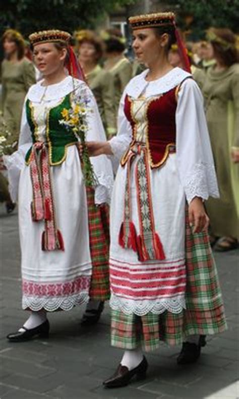 928 best world s traditional clothing images in 2019