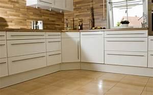 Moderne Fliesen Küche : bodenfliesen granitfliesen betonfliesen keramikfliesen ~ A.2002-acura-tl-radio.info Haus und Dekorationen