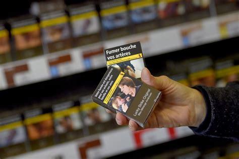 le paquet de cigarettes neutre est entré en vigueur en