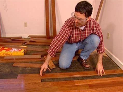 install  hardwood floor  tos diy