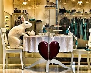 Visual Merchandising Studium : 711 besten schaufenster bilder auf pinterest fenster auslagen buntglasfenster und ~ Markanthonyermac.com Haus und Dekorationen