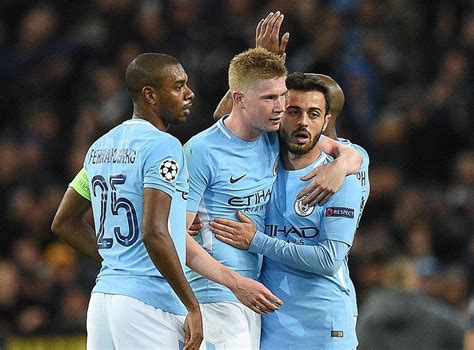 Kevin De Bruyne in no rush to sign new Manchester City ...