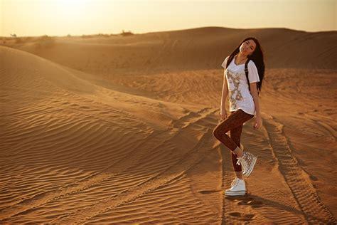 women, Model, Desert Wallpapers HD / Desktop and Mobile ...