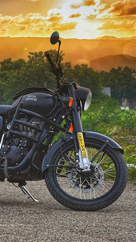 3d Royal Enfield Wallpapers by 235 Royal Enfield Wallpapers 2019 Iwallpapers