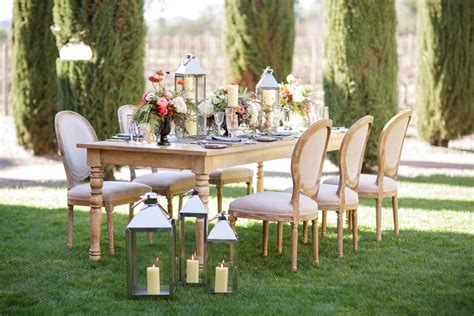 Outdoor Wedding Theme For Fall Weddings