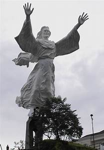 16 of the Tallest Statues of Our Lord Jesus from Around ...