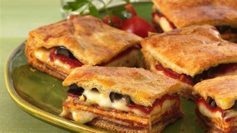 italian antipasto squares recipe  pillsburycom