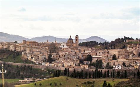 luxury cruise 36 hours in urbino
