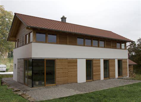 Bauernhaus Modern Aussen by Modernes Bauernhaus In L 228 Ndlicher Umgebung Niederbayern