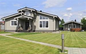 Holzhaus 75 Qm : holzhaus arie 152 m2 massives kantholz mit profil ~ Lizthompson.info Haus und Dekorationen