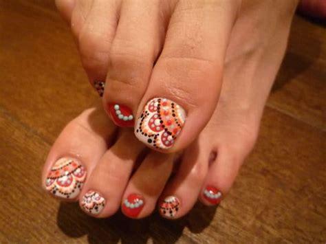majestic fall toe nail designs images   sheideas