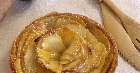 tarte aux pommes pate sablee compote j en reprendrai bien un bout tarte aux pommes sur fond de compote p 226 te sabl 233 e 224 l amande