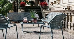 Fermob Salon De Jardin : croisette armchair for outdoor living space fermob ~ Teatrodelosmanantiales.com Idées de Décoration