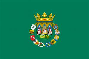 Patio De Banderas Sevilla