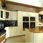 Modern Country Style Kitchen Cabinets Pictures Gallery Contemporary Shaker Kitchen Shaker Kitchens Kitchen Design Ideas