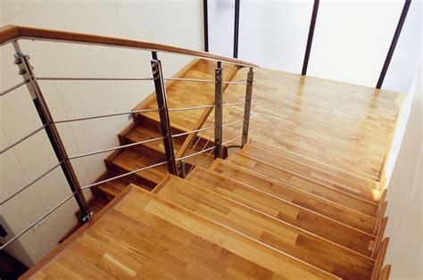 comment vernir un escalier quel type de bois choisir pour un escalier