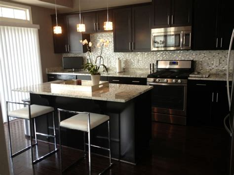 kitchen wall backsplash 17 best ideas about small open kitchens on 3445