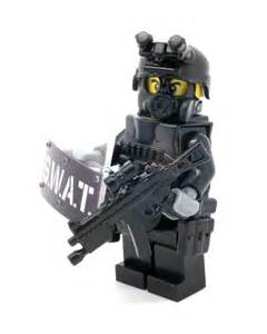 Custom swat police officer minifigure point man made with real LEGO bricks