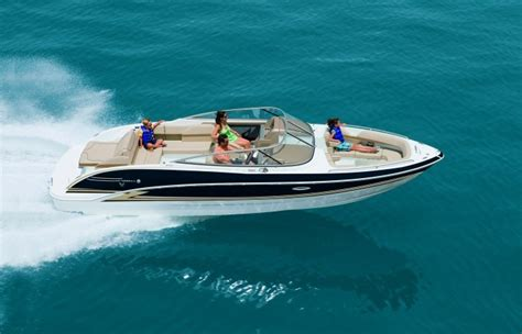 Deck Boat Or Bowrider by Bowrider Deck Boat Vs Bowrider