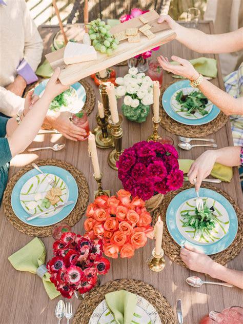 easy centerpieces  thanksgiving  fall parties hgtv