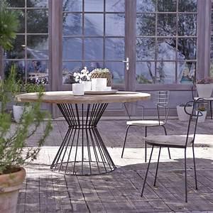 Table Metal Exterieur : table metal et pin vente de tables de jardin ronde 140 ~ Teatrodelosmanantiales.com Idées de Décoration