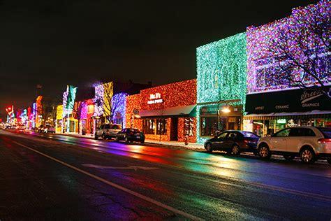 rochester lights rochester michigan parade