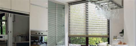 store enrouleur cuisine habillez les fenêtres de votre cuisine avec un store tendance