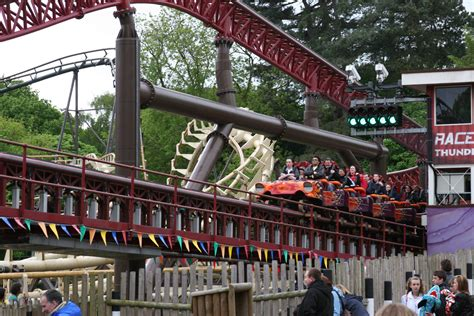 File:Rita - Queen of Speed (Alton Towers) 03.jpg ...