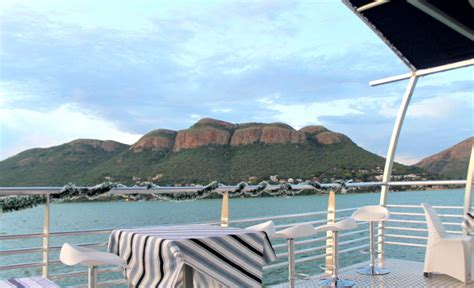 champagne sunset cruise   harties