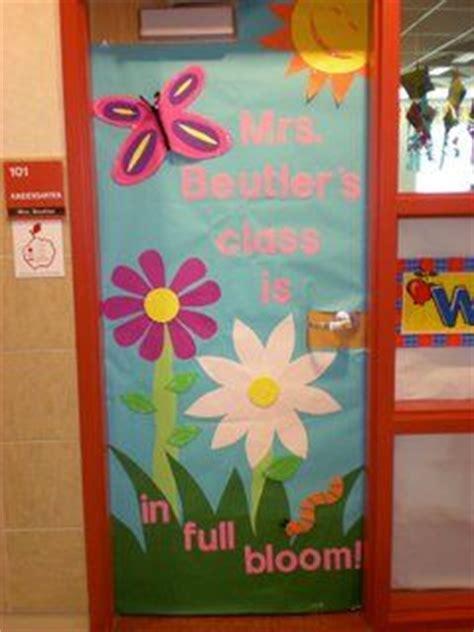 decoracion puertas clase 24 imagenes educativas