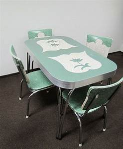 Retro kitchen table and chairs for the home pinterest for Retro kitchen table